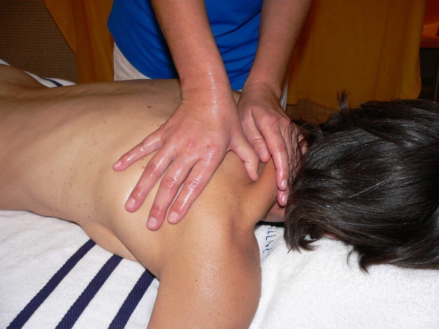 Nacken, Massage
